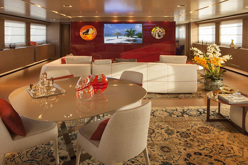 Yachts middle east - CRN - 61 METERS - INTERIOR - UD panoramic salon 2