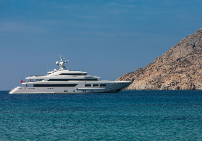 Yachts middle east - CRN - Saramour