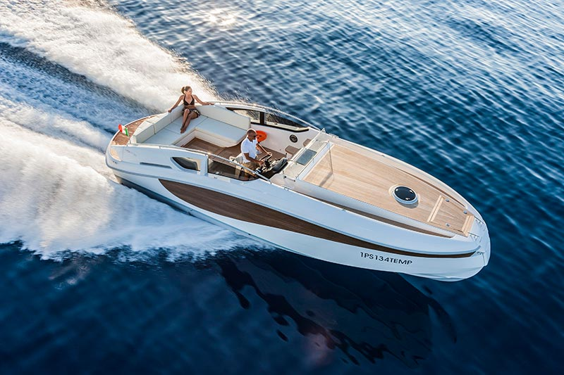 Yachts middle east - WIDER 32 - EXTERIOR
