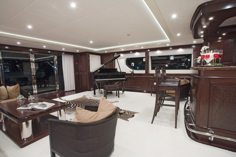 Yachts middle east - Sunrise yacht 45m - interior