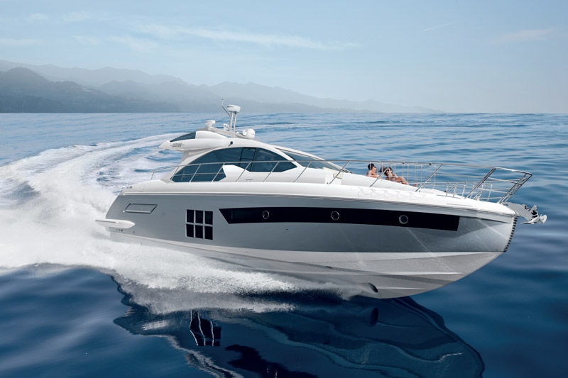 Yachts middle east -  Azimut - 55S - at cannes
