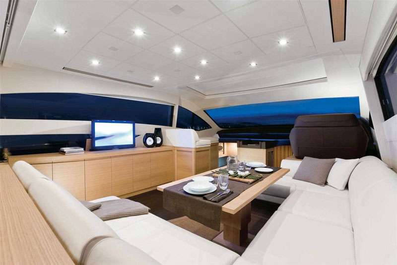 Yachts middle east - pershing 64 - interior