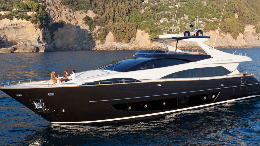 Yachts middle east - Riva - 92' Duchessa - 3