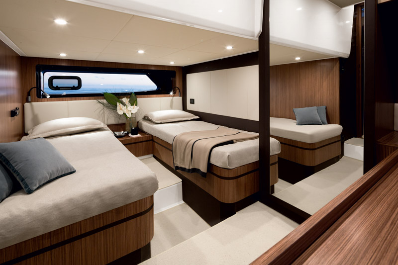 Yachts middle east - Azimut - Atlantis 43 - interior