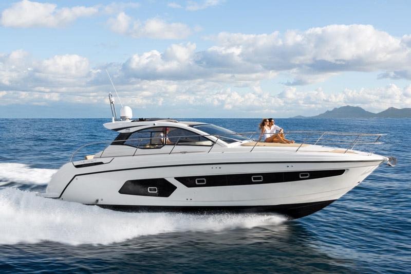 Yachts middle east - Azimut - Atlantis 43 - power boat