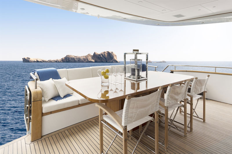 Yachts middle east - wim van der valk - JANGADA - CTHREE - 2500 RPH - interior