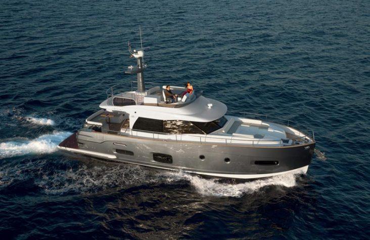 تؤكد مؤسسة Azimut Yachts سيطرتها على معرض دبي الدولي للقوارب لعام 2016