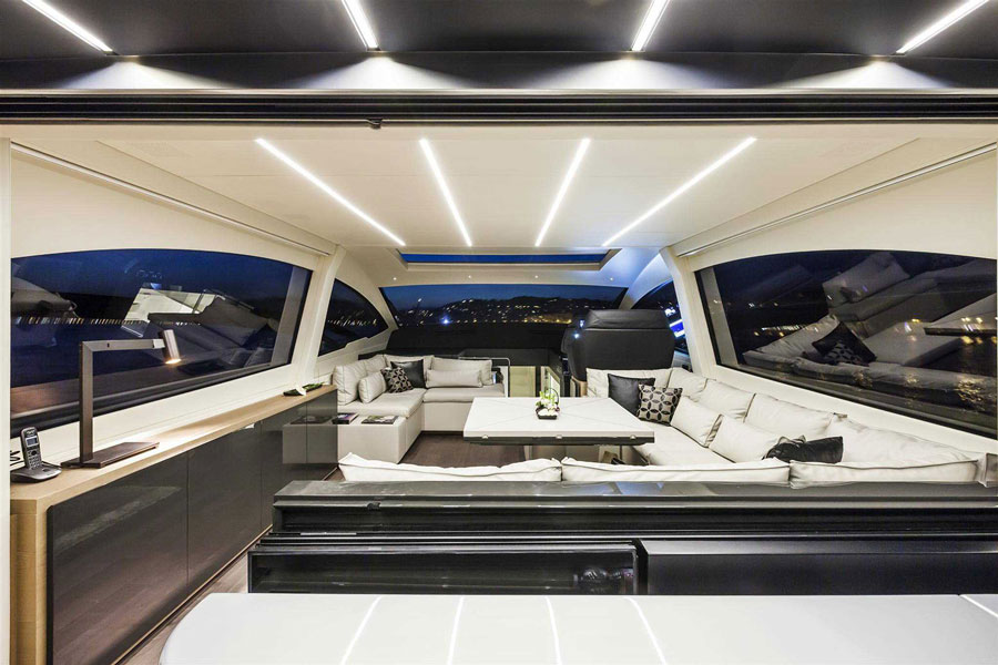 Yachts middle east - pershing 70 - 2