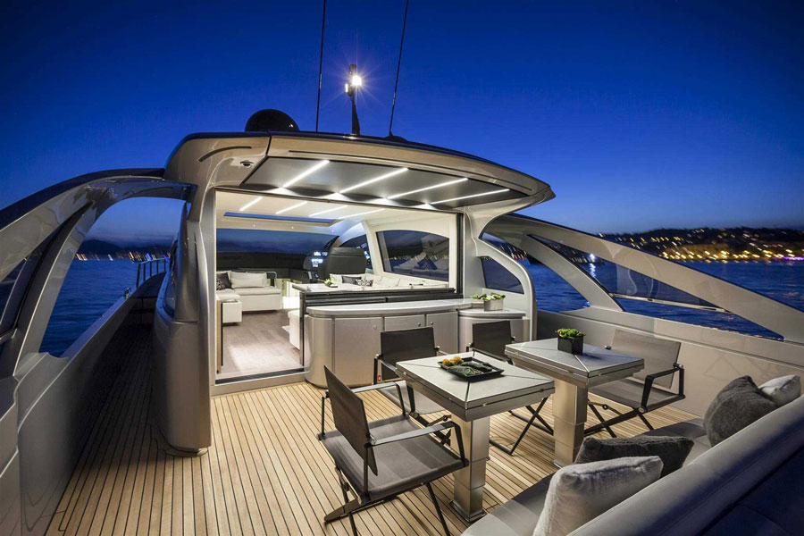 Yachts middle east - pershing 70 - 3