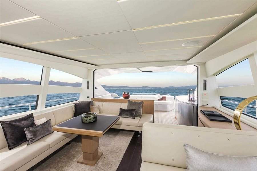 Yachts middle east - pershing 74 - 7