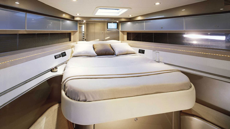 Yachts middle east - Riva - Rivale - 3