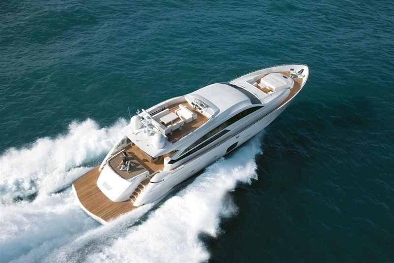 Yachts middle east - pershing 92 - 8