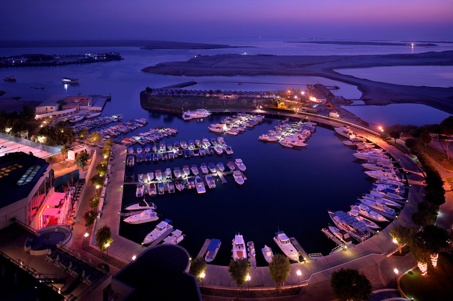 yachts middle east - Destinations - ABU DHABI - YACHT CLUB