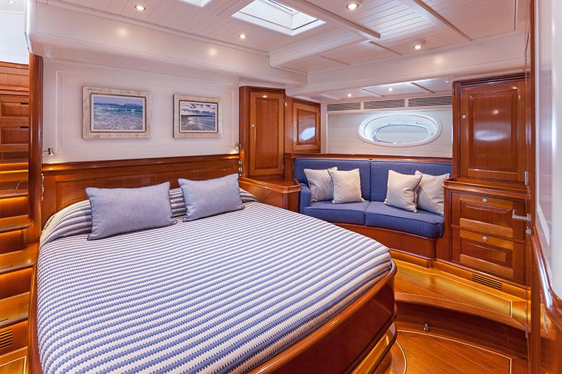 yachts middle east - Claasen Shipyard - Atalante master bedroom