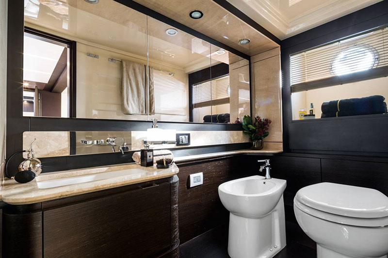 yachts middle east - Azimut - bathroom