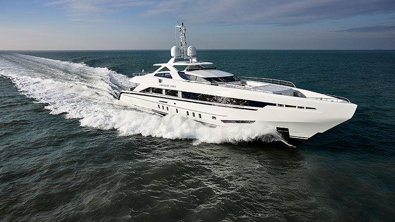 yachts middle east - yachts middle east - Amore mio