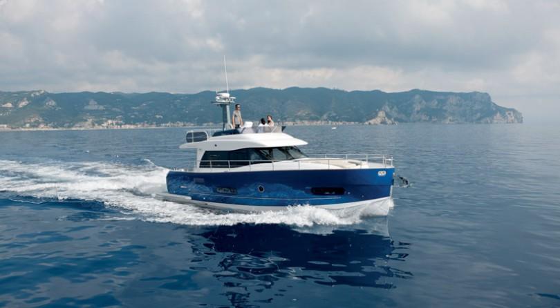 """Azimut Yachts 50 Fly يربح لقب """"القارب الأوروبي السريع لعام 2015"""""""