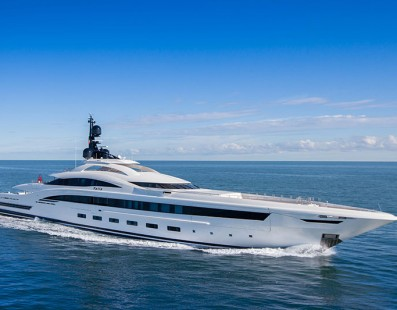 CRN's M/Y YALLA IS AWARDED AT THE 'INVICTUS YACHTS TROPHIES'