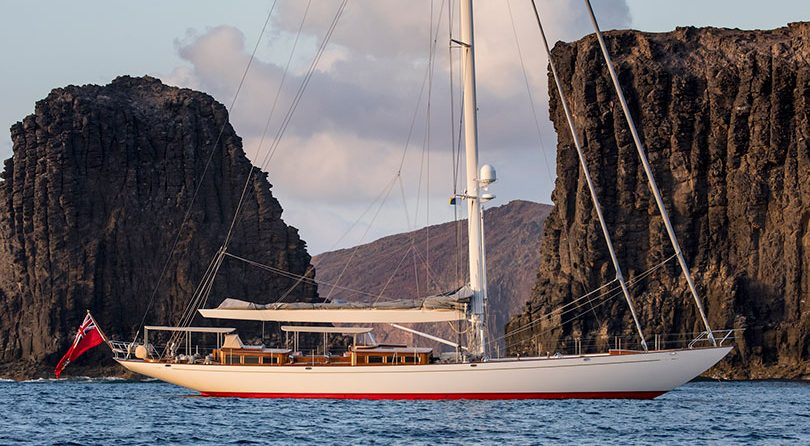 سفينة Truly Classic 90 Acadia الجديدة